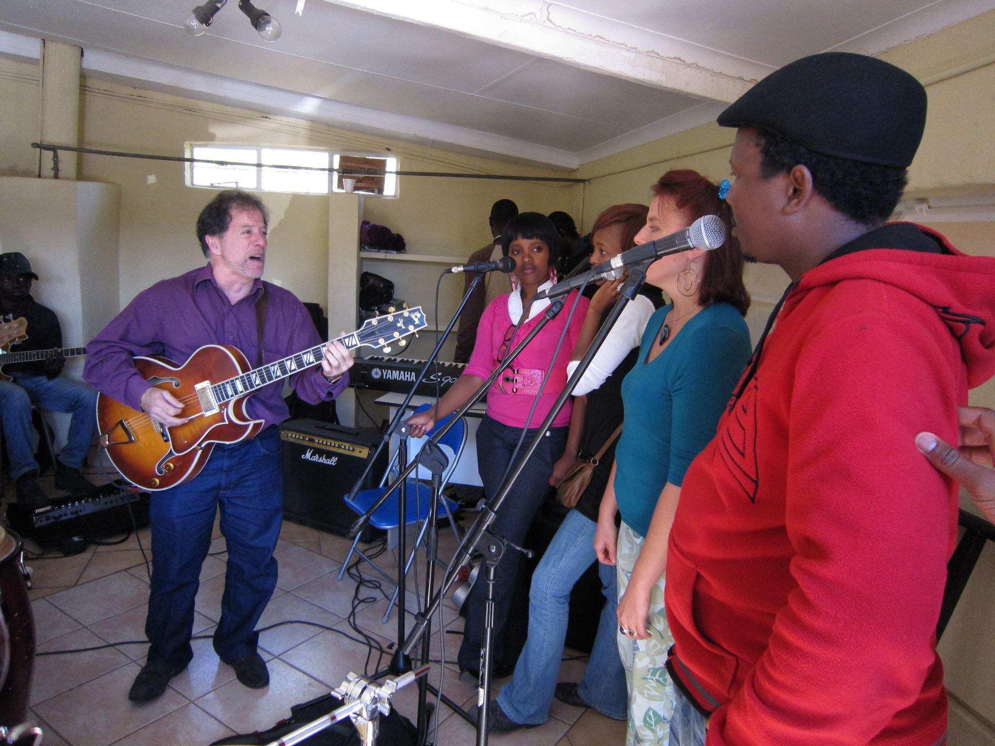 Rehearsal with Bholoja band